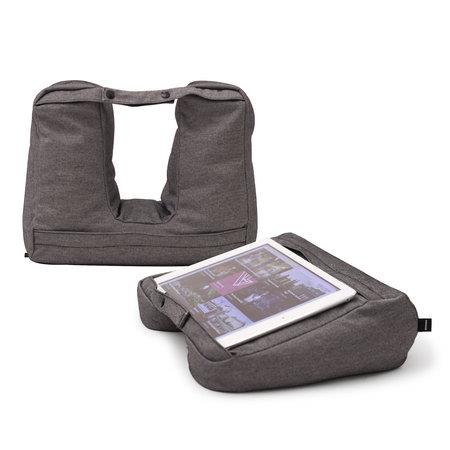 Rejsepude - TABLET & TRAVEL PILLOW 2-IN-1